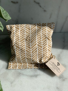Afrika Heating-pads in caramel with white stripes