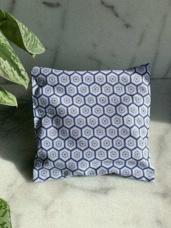Afrika heating-pads in blue print