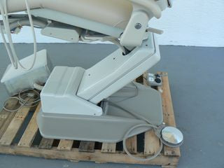 A-dec 1021 Decade Chair with Radius Delivery Unit