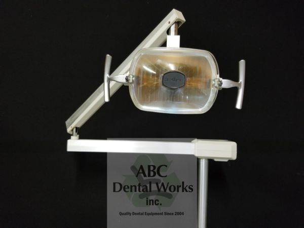 "Adec 6300 Post Mount Dental Light ""New Style"""