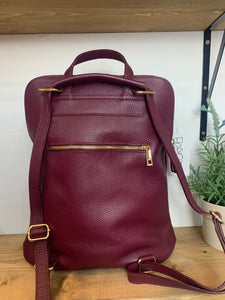 Wine leather rucksack