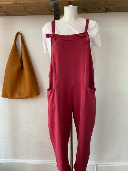 Wine dungarees
