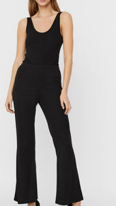 Flared trouser/ legging by Vero Moda