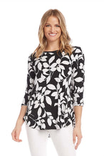 Load image into Gallery viewer, Karen Kane Leaf 3/4 Sleeve Shirttail Top