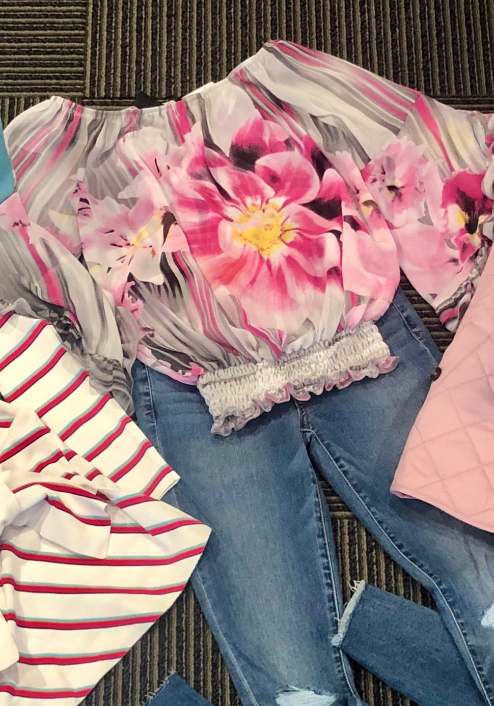 Frank Lyman Pink and Grey Floral Top