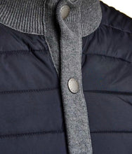 Load image into Gallery viewer, Barbour Essential Gilet- 3 Colors
