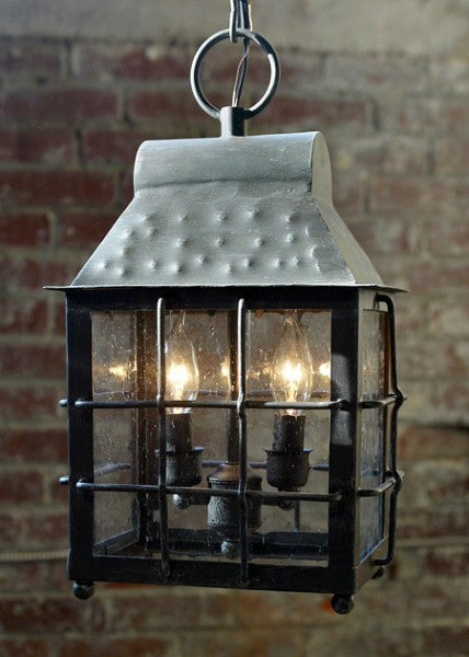 Solaria Lighting Ariston Lantern Large