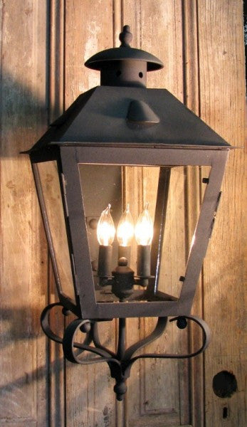 Solaria Lighting Charles Wall Exterior Lantern Large