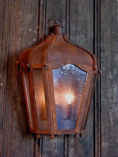 Solaria Lighting Gaudi Wall Carriage Light Sconce