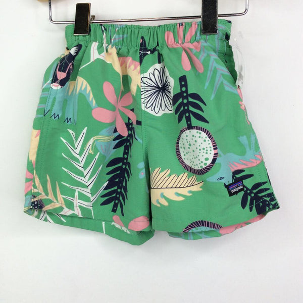 Patagonia Green w/Animals and Leaves Shorts 6-12m