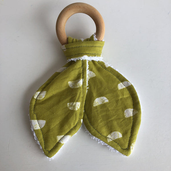Gannet & Sage Locally Made Wooden Teething Rings - Chartreuse & White