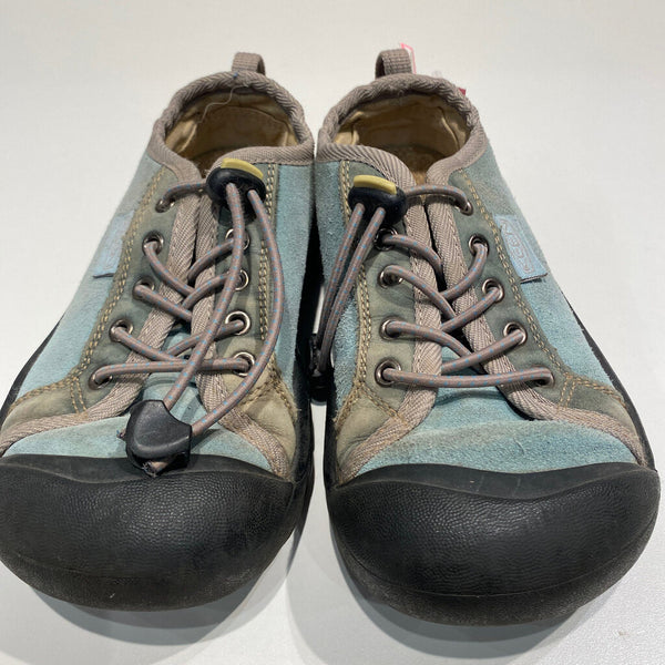 light blue suede keens sneakers 13T