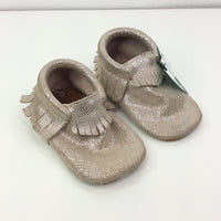 Freshly Picked Silver Light Pink Sparkly Leather Moccasins 4T