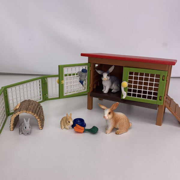 Bunnies and Bunny Hut w/ Fence