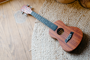 The Ultimate Guide of Strumming a Ukulele the Correct Way