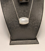 Load image into Gallery viewer, Moonstone Pendant / Barrel cut