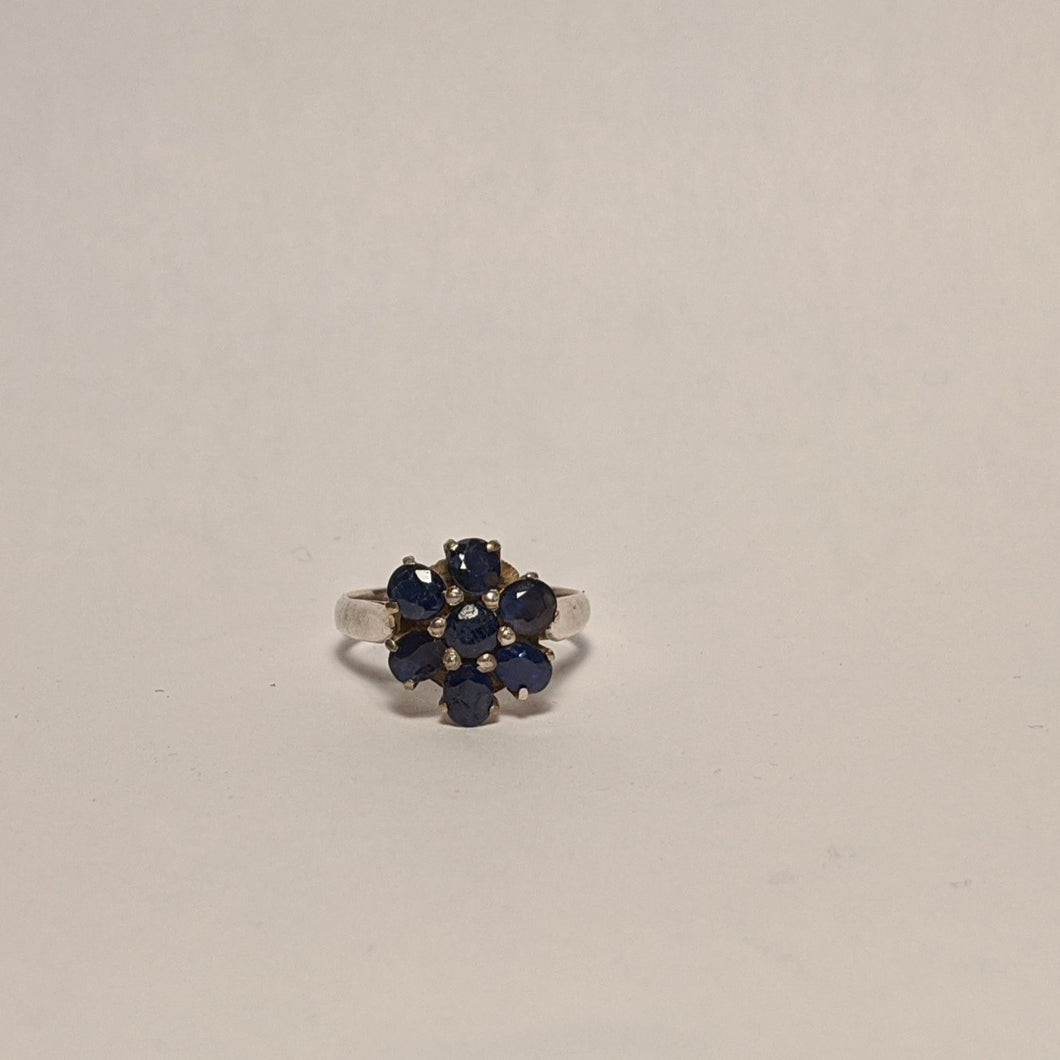 PREMIUM COLLECTION - Natural untreated Blue Sapphire flower ring