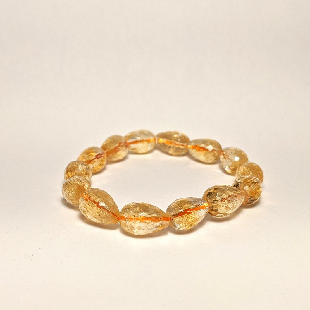 PREMIUM COLLECTION - High frequency Citrine Bracelet - pear shape gem cut