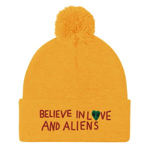 believe in love and aliens  Beanie
