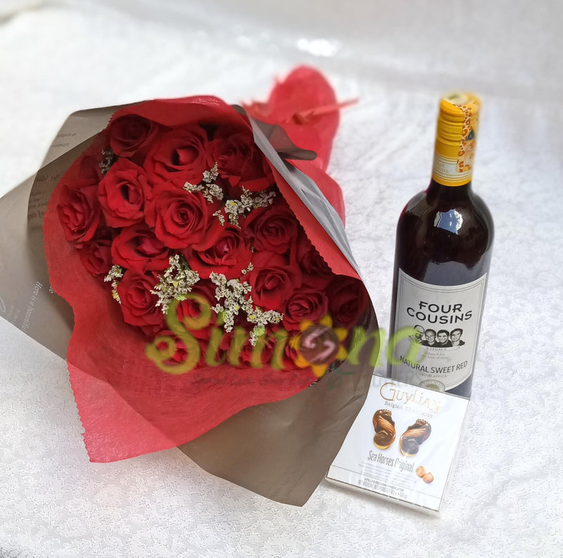 Delightful hand bouquet and small guylian chocolate