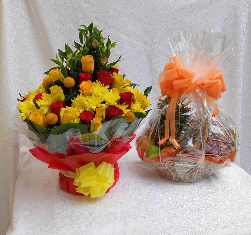 Flowers and fruits hamper