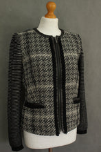 Load image into Gallery viewer, MAXMARA WEEKEND Ladies Monochrome JACKET / COAT Size UK 10 - IT 42 MAX MARA