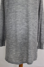 Load image into Gallery viewer, PINKO Ladies VIRGIN WOOL Blend Fine Knit Grey CARDIGAN Size Small - S