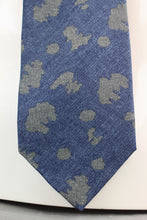 Load image into Gallery viewer, GIORGIO ARMANI COLLEZIONI Mens SILK Blend Abstract Pattern TIE - Made in Italy