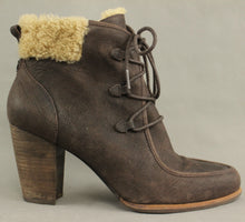 Load image into Gallery viewer, UGG AUSTRALIA Brown High Heel Sheepskin Trimmed Ankle BOOTS - Size EU 41 - UK 8.5 - US 10 - UGGS