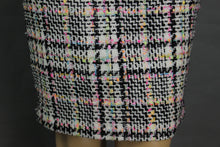 Load image into Gallery viewer, BOUTIQUE MOSCHINO Ladies Bouclé Tweed PENCIL SKIRT Size IT 38 - UK 6