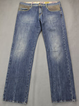 "Load image into Gallery viewer, MOSCHINO Mens Blue Denim Leather Trim Classic Fit JEANS Size Waist 36"" - Leg 36"""