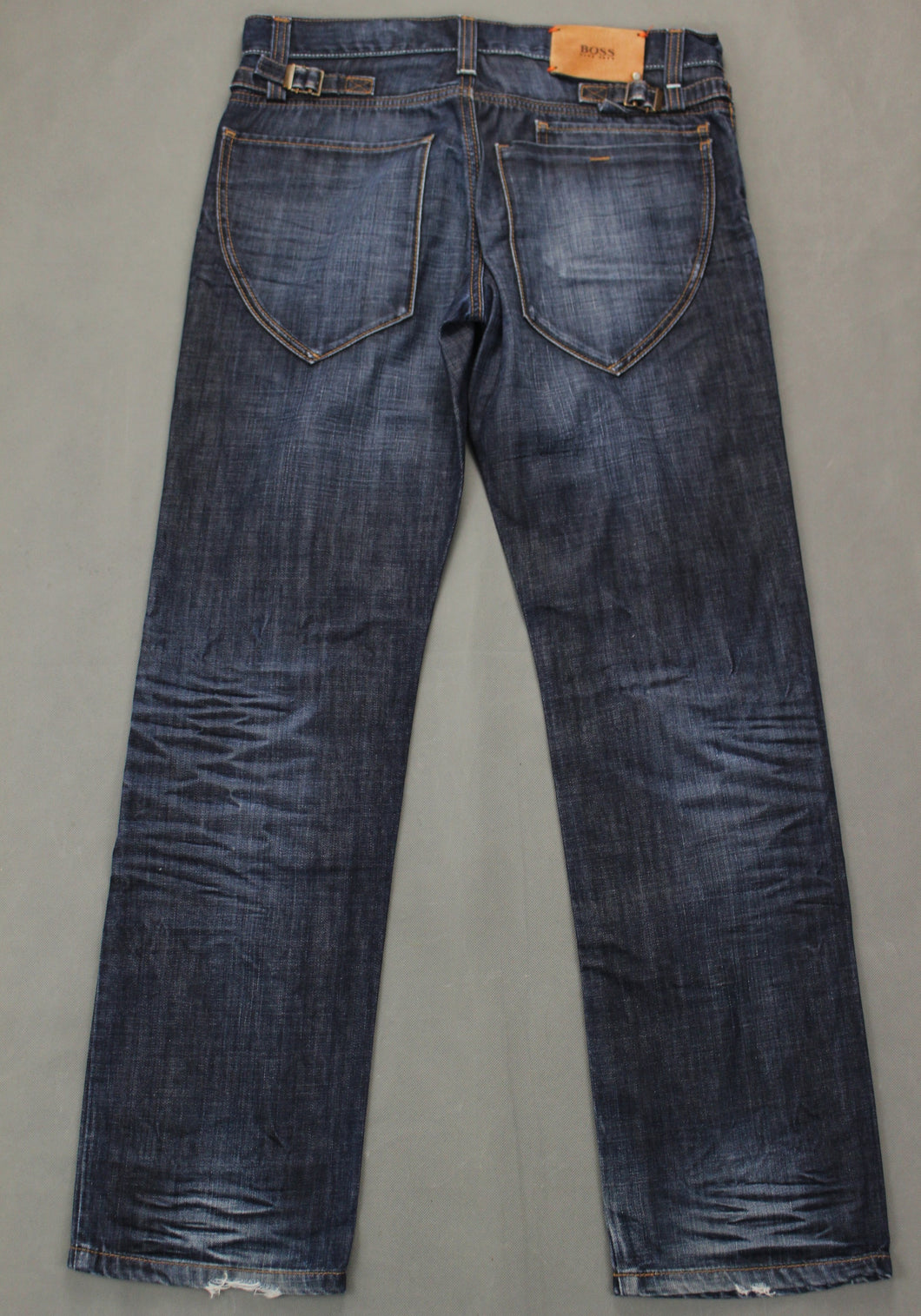 HUGO BOSS Mens Blue Denim HB104.2 Regular Fit JEANS - Size Waist 32