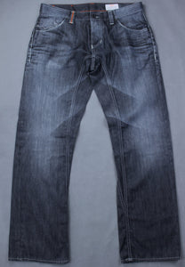 "HUGO BOSS Mens Dark Denim HB104.1 Regular Fit JEANS - Size Waist 34"" - Leg 32"""