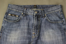 "Load image into Gallery viewer, HUGO BOSS Mens JACKSONS Blue Denim JEANS Size Waist 34"" - Leg 34"""