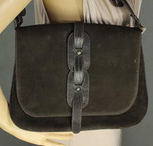 Load image into Gallery viewer, EMPORIO ARMANI BROWN LEATHER SATCHEL BAG STYLE HANDBAG / SHOULDER BAG