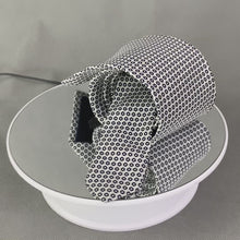 Load and play video in Gallery viewer, AQUASCUTUM Mens Silver 100% SILK Patterned TIE - Made in Italy