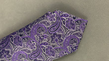 Load and play video in Gallery viewer, New TED BAKER Mens PIGEON Purple PAISLEY JACQUARD TIE - BNWT