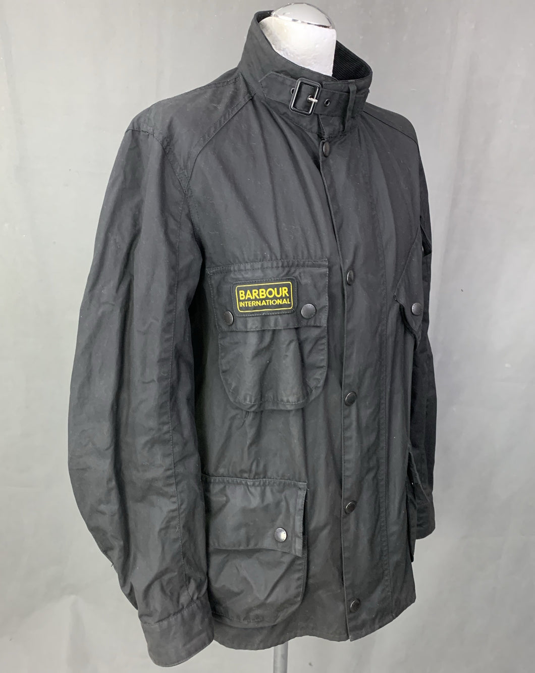 BARBOUR INTERNATIONAL Mens WAXED TRIALS JACKET / COAT Size LARGE - L