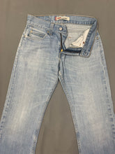 "Load image into Gallery viewer, LEVI STRAUSS &Co LEVI'S Blue Denim 506 JEANS Size Waist 28"" Leg 33"" LEVIS"