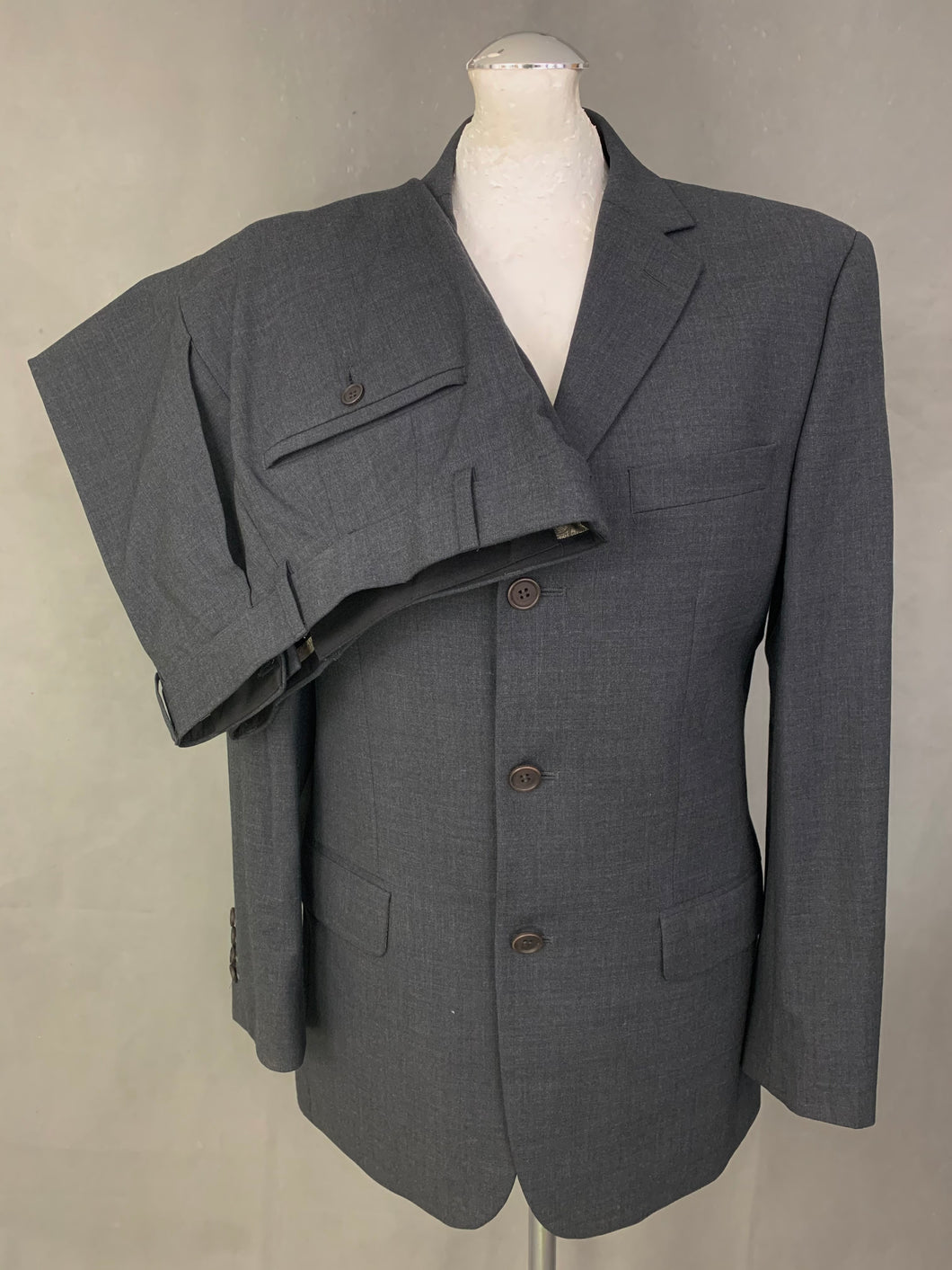 TED BAKER Grey  2 PIECE SUIT Size 38R - 38