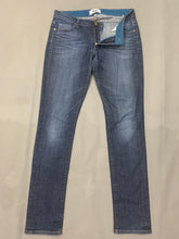 "Load image into Gallery viewer, PAIGE Ladies HARTLEY Blue Denim OLGA JEANS Size Waist 27"" - Leg 32"""
