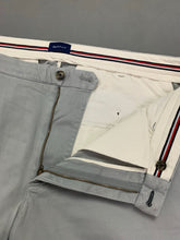 "Load image into Gallery viewer, GANT Mens Light Blue Regular Fit Chinos / TROUSERS Size Waist 38"" - Leg 32"""