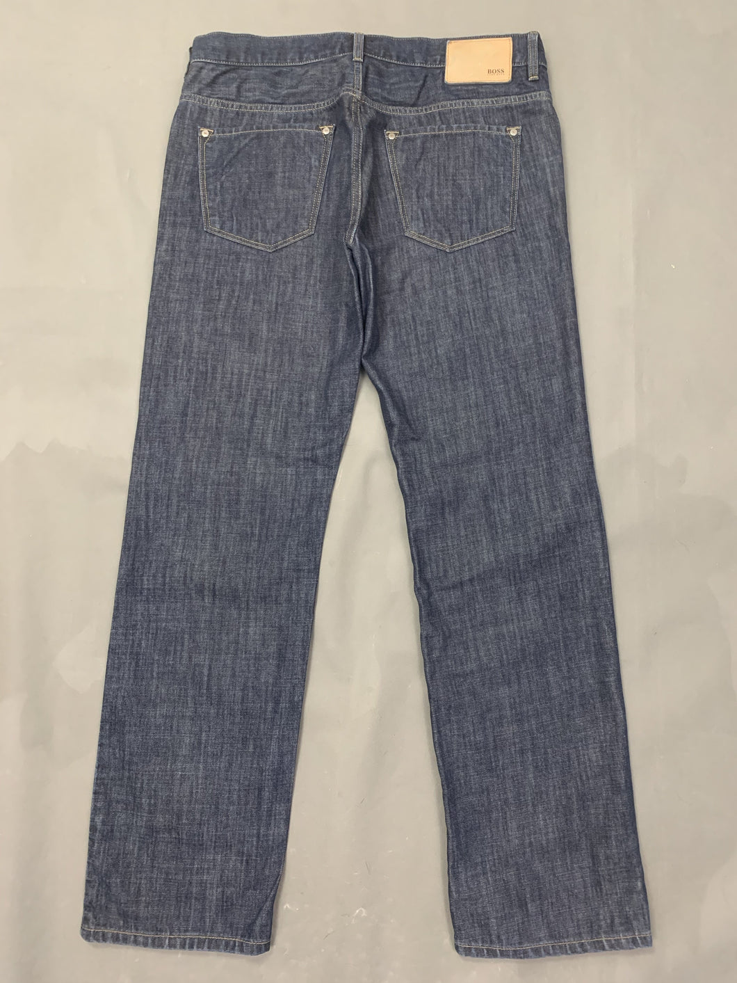 HUGO BOSS Mens KANSAS Blue Denim Regular Fit JEANS Size Waist 34