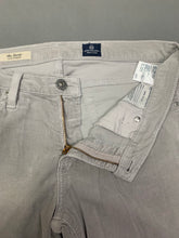 Load image into Gallery viewer, ADRIANO GOLDSCHMIED AG THE STEVIE Slim Straight JEANS Size 30R Waist 30""