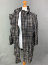 Load image into Gallery viewer, JAEGER Ladies Check Pattern COAT / MAC JACKET Size M Medium