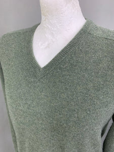 "ALAN PAINE Mens Green Lambswool V-Neck JUMPER - Size 44"" Chest"