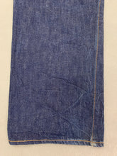 "Load image into Gallery viewer, LEVI STRAUSS &Co 1937 LEVI'S 501XX BIG E JEANS Size Waist 30"" Leg 30"" LEVIS"