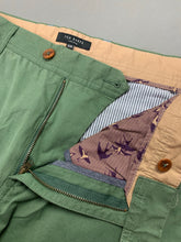 "Load image into Gallery viewer, TED BAKER Mens BLYCHIN Green CHINOS / TROUSERS Size 34R Waist 34"" - Leg 32"""