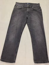 "Load image into Gallery viewer, GANT Mens TYLER Grey Denim Straight Leg JEANS Size Waist 36"" - Leg 29"""