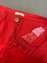 "Load image into Gallery viewer, BURBERRY Ladies Red Straight Leg JEANS Size Waist 31"" - Leg 32"""